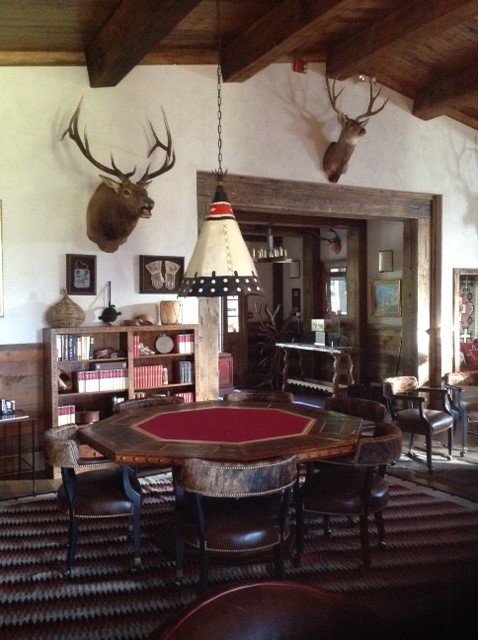The gathering room at Trinchera Lodge